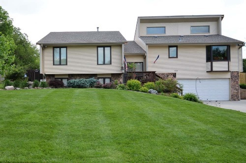 Lawn Treatment and Fertilization Packages